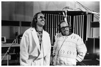 stevie-wonder-and-quincy-jones.jpg