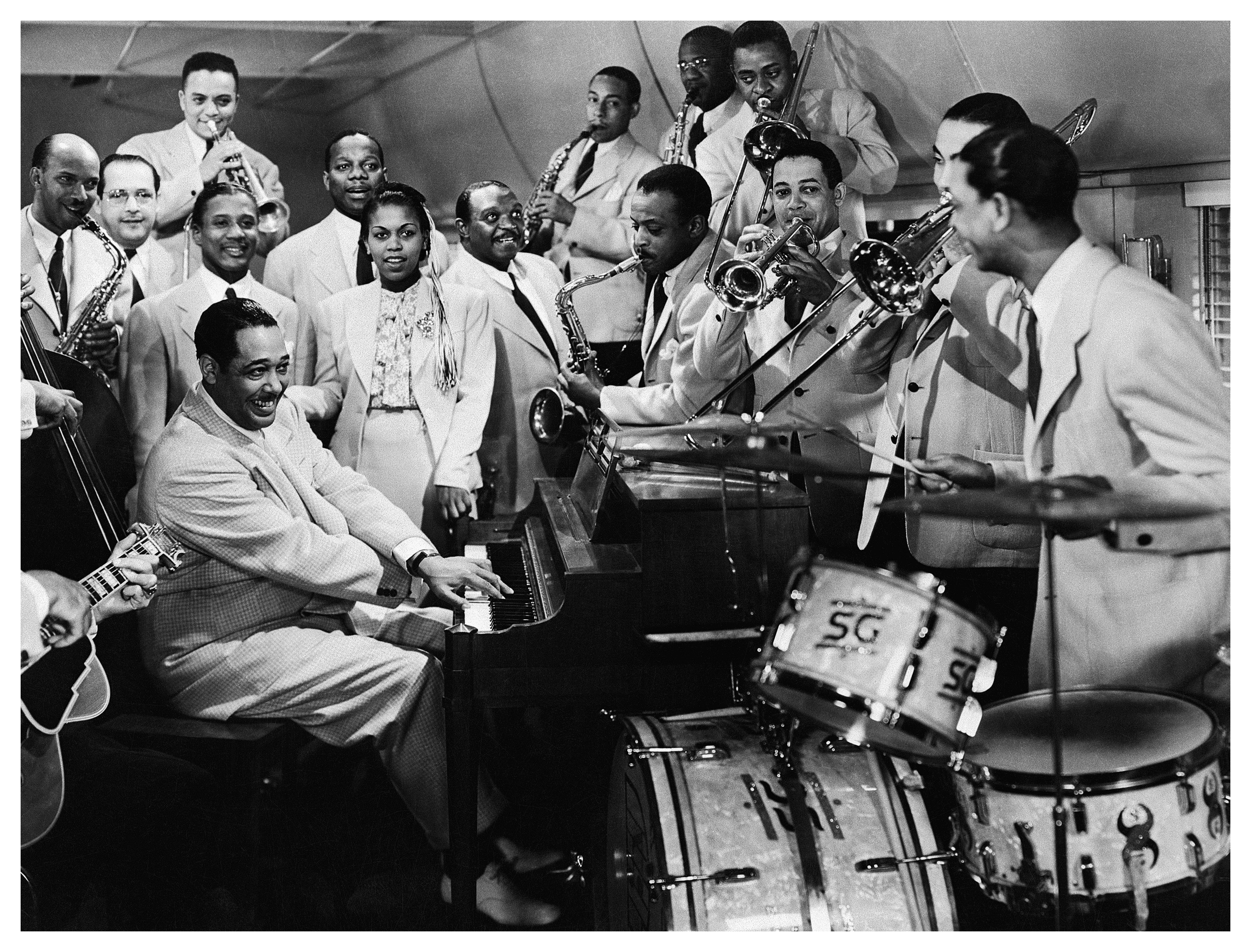 duke-ellington-orchestra.jpg